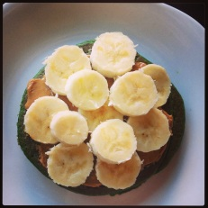 green pancakes=great way to use up extra spinach