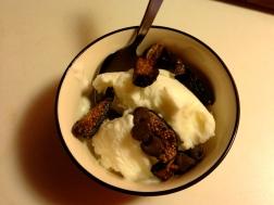 Greek fro-yo and dried figs