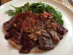 Skirt steak with argula