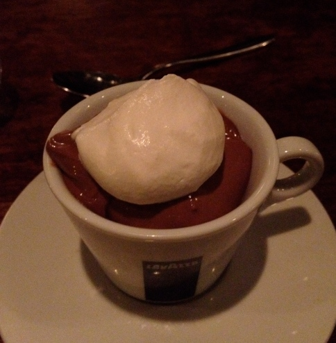 Chocolate pudding with crema